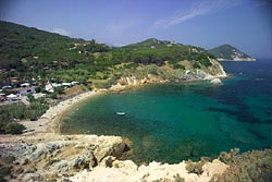 Acquaviva Village Camping: the bay of Acquaviva - Island of Elba
